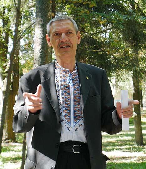 p1050511.00 07 15 05.still002 В Сосниці відкрили пам'ятний знак Миколі Ковалевському