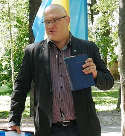 p1050511.00 15 24 06.still005 В Сосниці відкрили пам'ятний знак Миколі Ковалевському