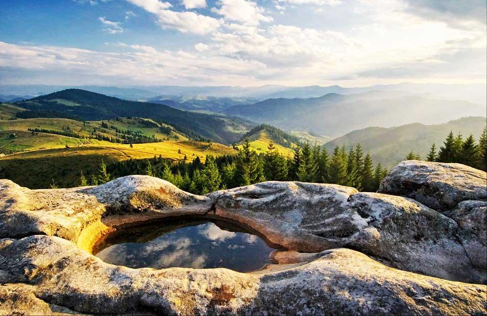 4 1 Стежки України: Топ-10 місць для подорожей цієї осені