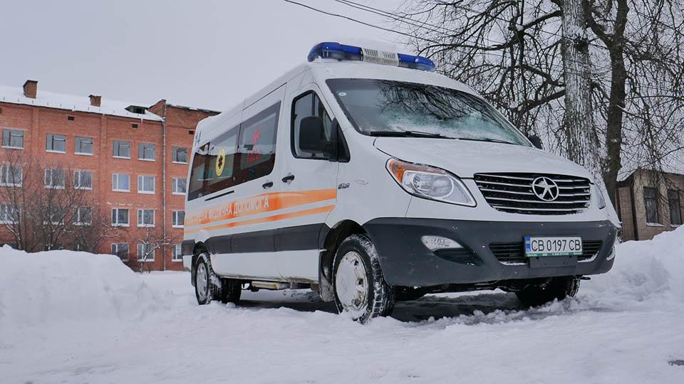 148714088 3550375008364648 7186761203319771303 o Сосницькі медики отримали нову карету «швидкої»
