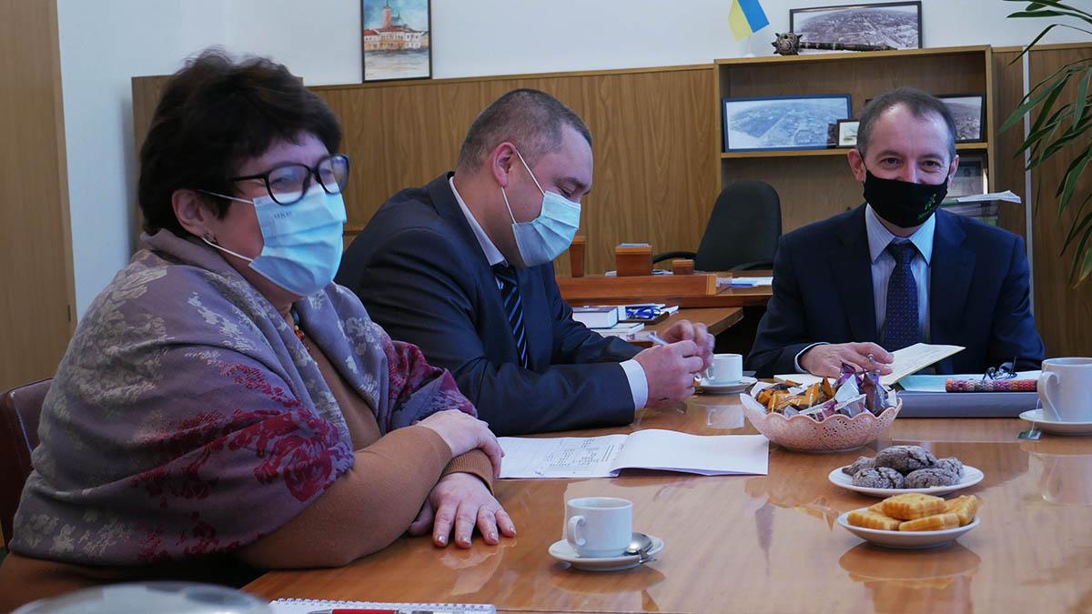 P1100035 min Сьогодні в Сосниці відбулась перша офіційна зустріч з експертами Програми DOBRE