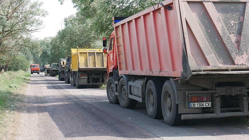 P1280616 Розпочато поточний середній ремонт дороги «Сосниця – Пекарів»