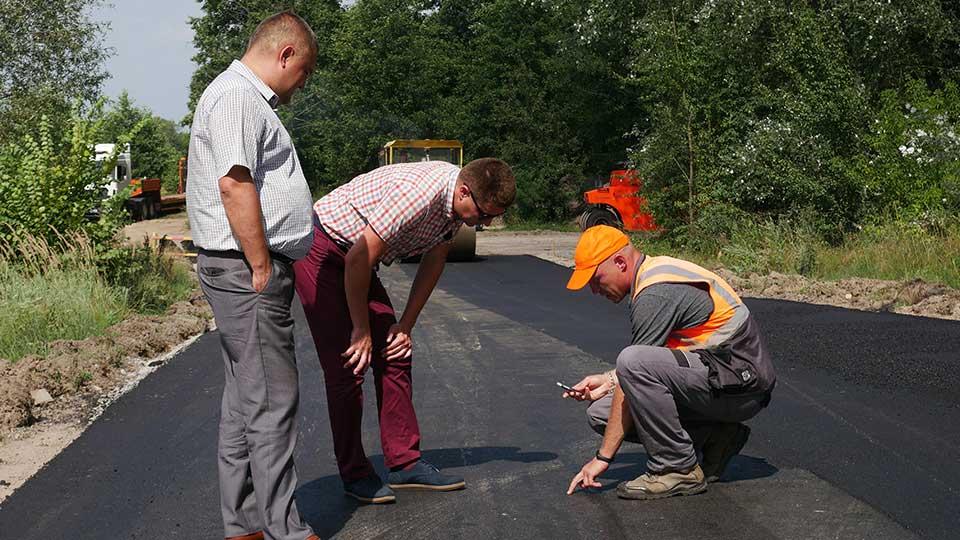 P1280674 Розпочато поточний середній ремонт дороги «Сосниця – Пекарів»